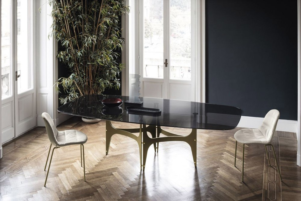 Universe%201.jpg Universe dining table_Bontempi casa_ Barrel shaped top_made in italy_ Elliptical top_ Rectagular top_ Fixed top_ Veneer wood_solid wood_Glossy glass_Matt anti scratch glass_SuperMarble Universe%201.jpg