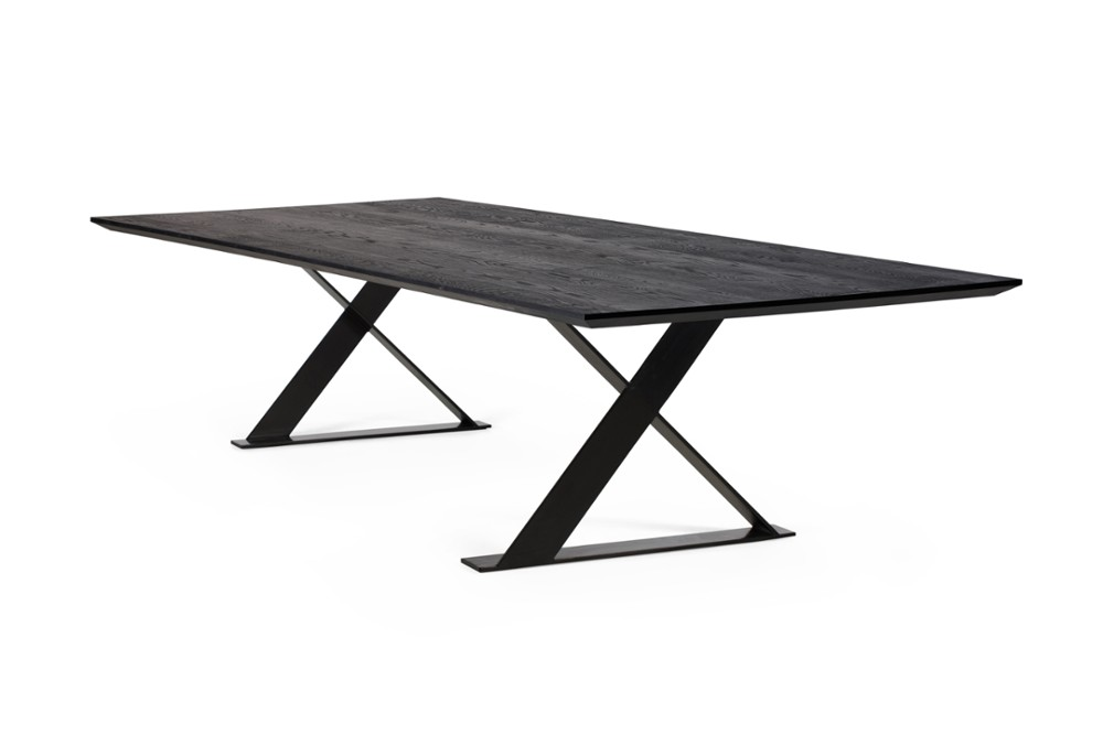Manhattan Cross Black Coated Base Voyager Sharknose Top Table Voyager Angle Manhattan_Cross-Black-Coated-Base_Voyager_Sharknose-Top_Table_Voyager_Angle.jpg