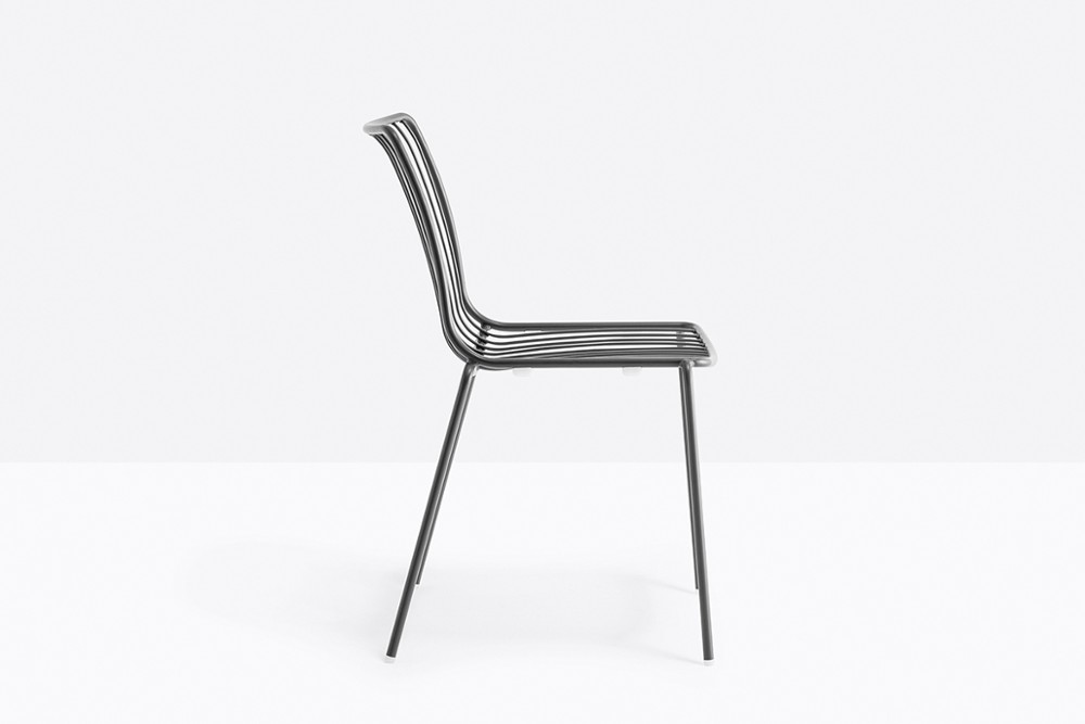 Nolita 3651 03 zoom.jpg Nolita chair_Pedrali_ Italy_CMP Design_Metal garden chairs_high backrest, steel tube frame powder coated for outdoor use. Nolita 3651 03 zoom.jpg