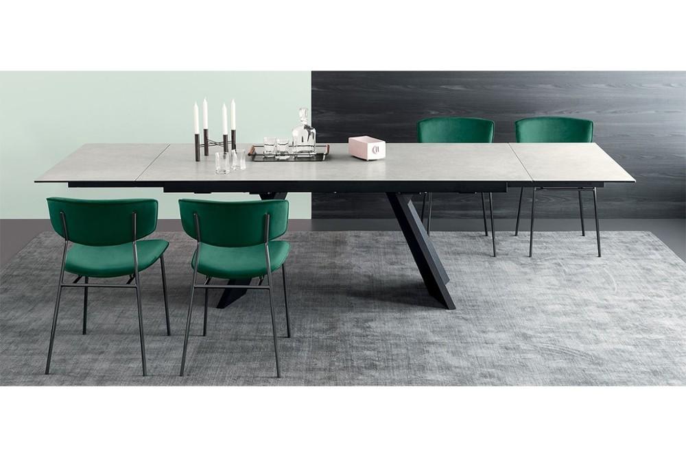 Icaro%201.jpg Icaro Table_ By Calligaris_ Designed by Busetti, Garuti, Redaelli_Extension table_ Veneered wood base_ Wood or ceramic top_ Two side extension leave_ Easy mechanism Icaro%201.jpg
