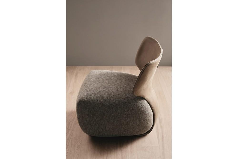 Noa 5 Noa 5.jpg Noa_ By Amura_ Designed by Stefano Bigi_Ergonomic back frame_Leather and fabric upholstery