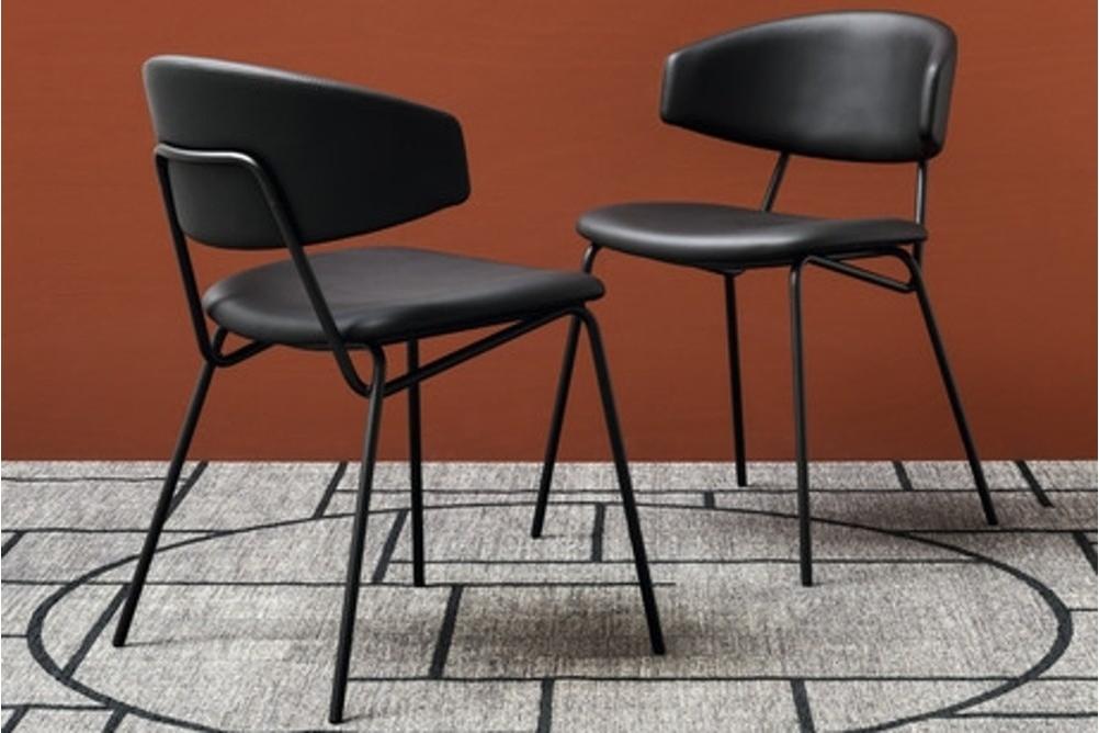 calligaris sophia chair SCENE calligaris_sophia_chair_SCENE.jpg Sophia dining stool chair calligaris