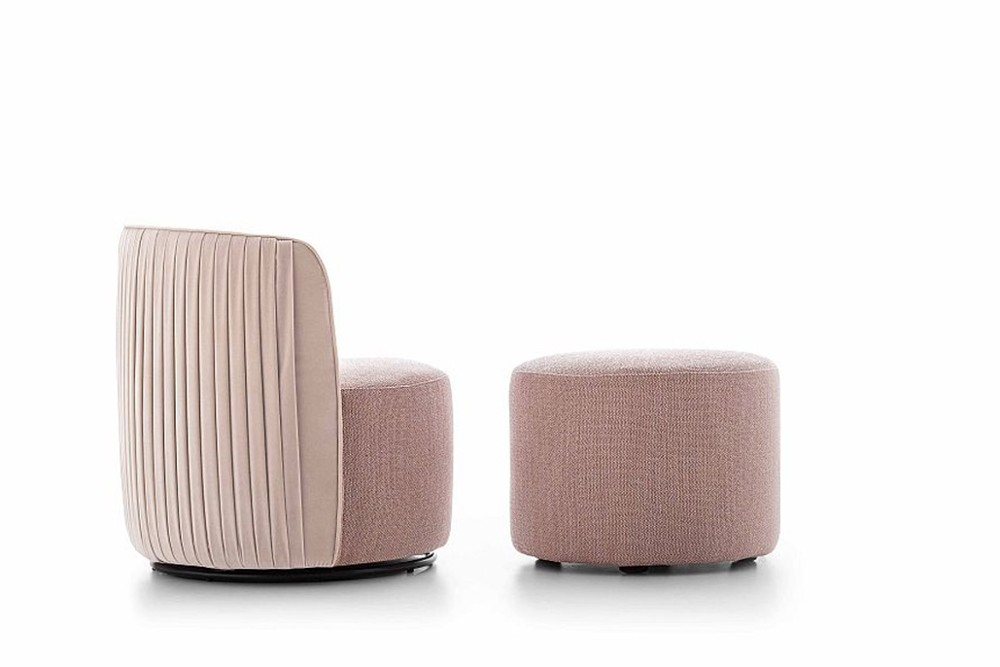 Chloe%20luxury%201.jpg Chloe luxury armchair_Designed by Stefano Spessotto E Lorella Agnoletto_ Ditre Italia_Made in Italy_Art Deco style_ Refined pleating_Rounded shape_Embellished backrest Chloe%20luxury%201.jpg