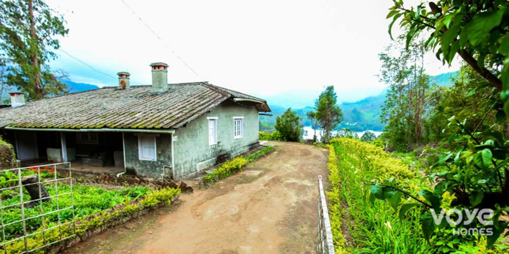 VOYE HOMES Lake view Cottage