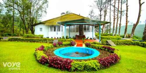 Luxury Bungalow in Munnar