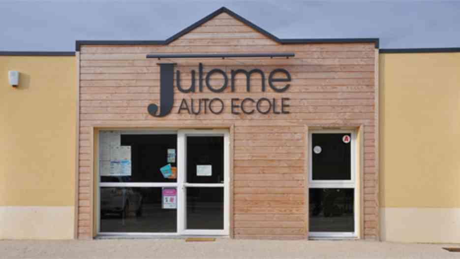 Auto-école Julome - FONTAINE-LA-GUYON