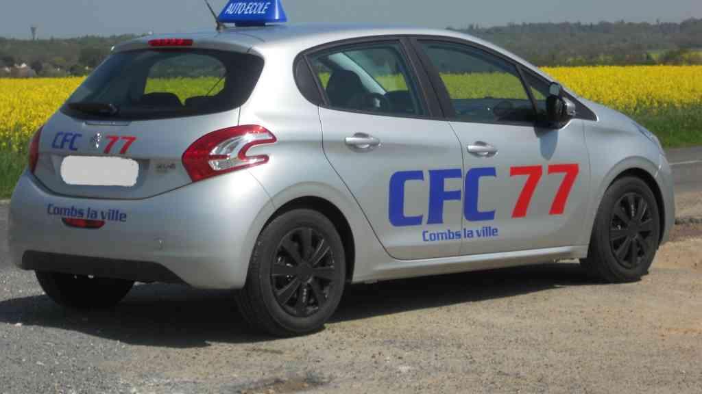 CFC 77 - Combs-la-Ville