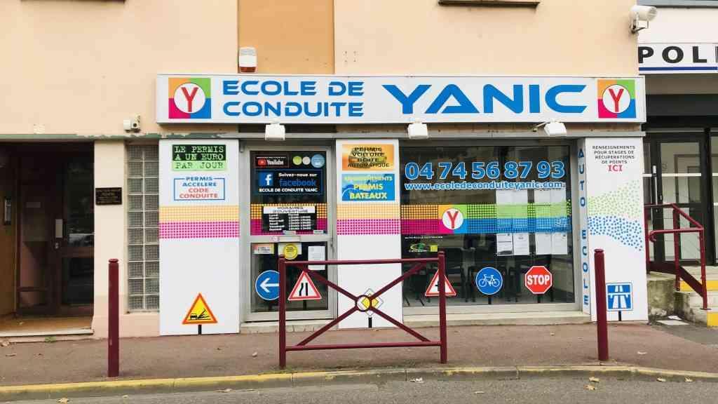 École de conduite Yanic - LE PÉAGE-DE-ROUSSILLON