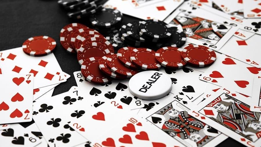 Chơi Blackjack có gì hấp dẫn game thủ?