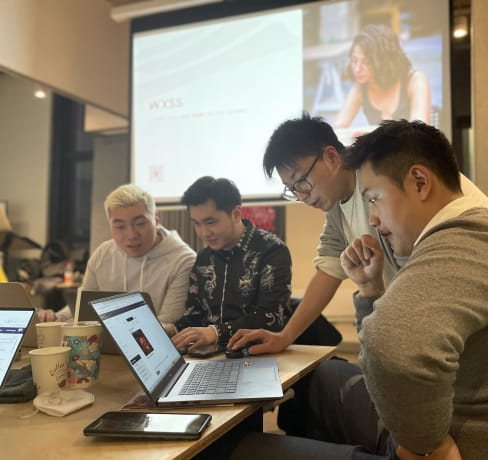 Meet our Instructor Dylan: a developer and lecturer on WeChat Mini Programs