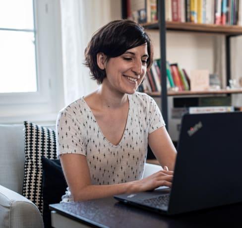Nina, de graphiste textile à intégratrice web