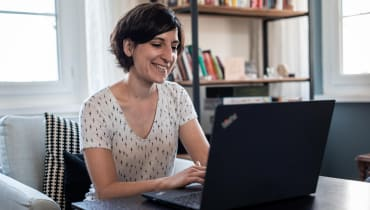 Nina, from textile designer to web integrator