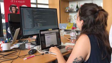 Iris, from Communication to Fullstack development