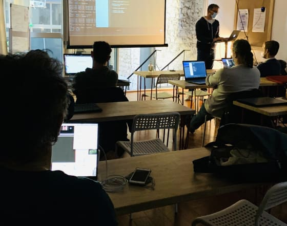Students coding at Le Wagon Marseille