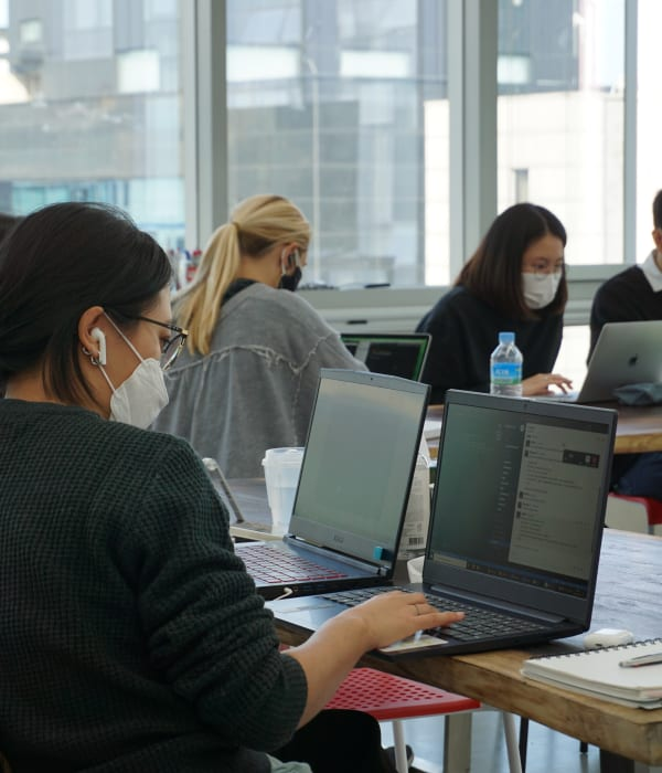 In 9 intensive weeks, learn all the skills of a Software Developer at Le Wagon Seoul.