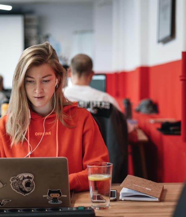 Aprenda em 9 semanas intensivas no Le Wagon Londres as habilidades necessárias para se tornar um desenvolvedor de software.
