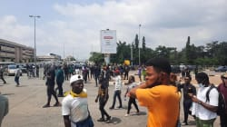 Despite Ban, Abuja EndSARS Protesters Shut Down Federal Secretariat