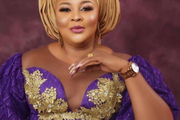 Mercy Aigbe sends message to Ireti Osayemi