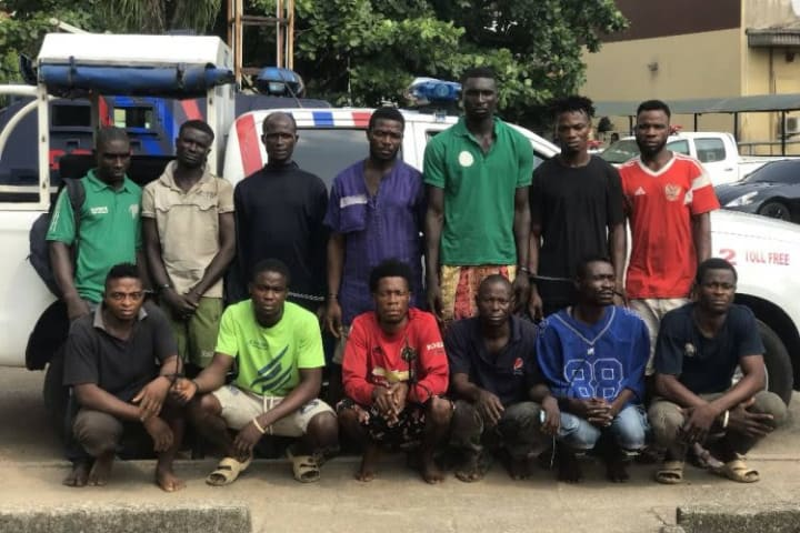 13 traffic robbers busted in Lagos
