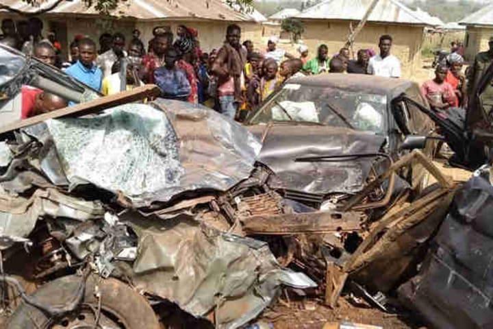 Five dead, 16 injured in Ogun auto crash