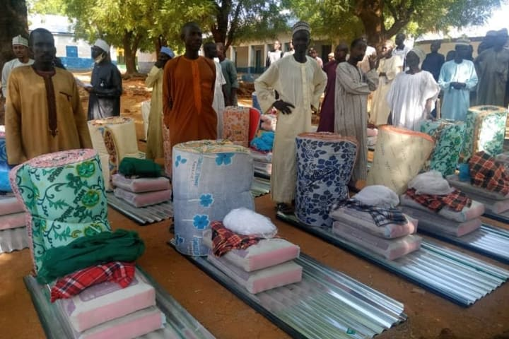 1,800 households in Kwara receive relief materials