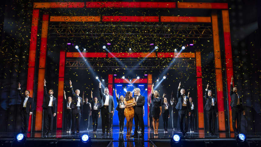 Alexandra Burke, Beniot Maréchal and Company in The Bodyguard