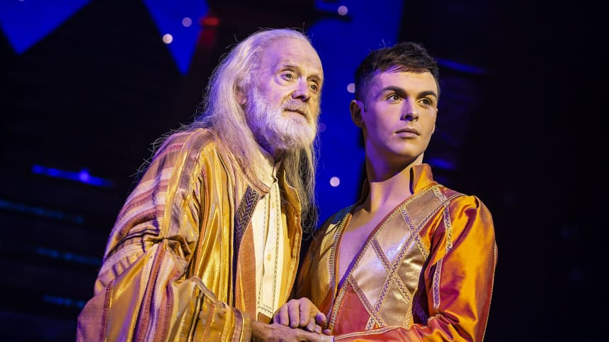 Henry Metcalfe & Jaymi Hensley in Joseph and the Amazing Technicolor Dreamcoat