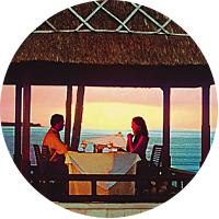 Dinner overlooking the ocean at Lumbung Restaurant