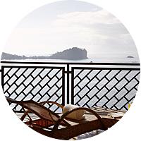 3 Nights in an Ocean Side Hotel