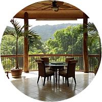 A stay in a Kauai treehouse!