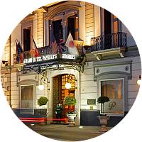 Hotel Night in Naples