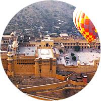 Hot air balloon ride over Jaipur!