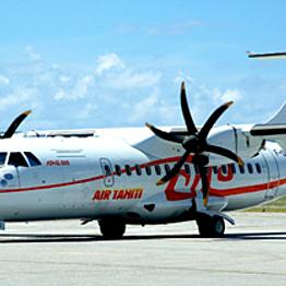 Flight from Moorea to Bora Bora