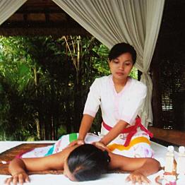 Balinese massage and spa treatment