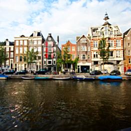3 Nights in Amsterdam Hotel/Apartment rental