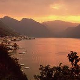 Sunset Boat Tour of Lake Como