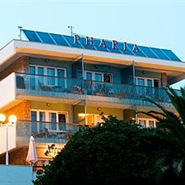 Stay at aparhotel Pharia