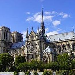 Notre Dame Tour