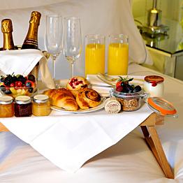 Breakfast in Bed - Day 5