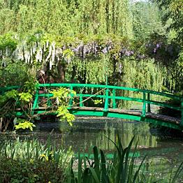 Get us to Monet's Gardens