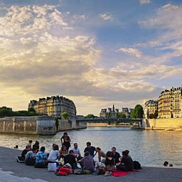 Picnic along the Seine River