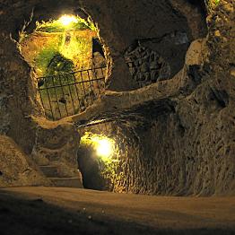 Explore the underground city of Derinkuyu