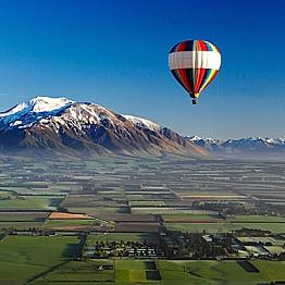 Hot Air Baloon over Canterbury Plain - Christchurch
