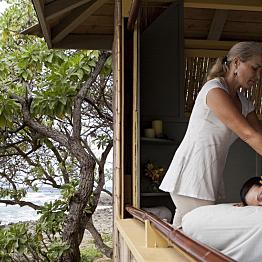 Couples Seaside Massage