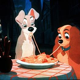 Romantic dinner in the city