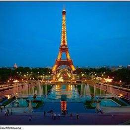 Romantic Dinner in Paris