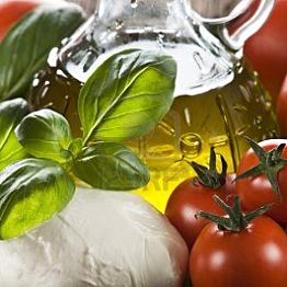 Fresh Mozzarella and Olive Oil