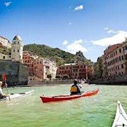 Kayaking in Cinque Terre