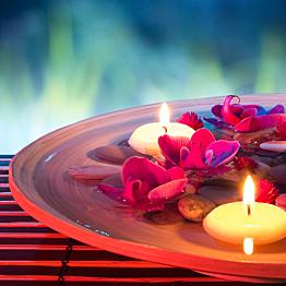 Candlelit dinner