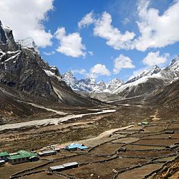 Day 12: Trek Pheriche (13,845 ft) to Phortse (12,500 ft)